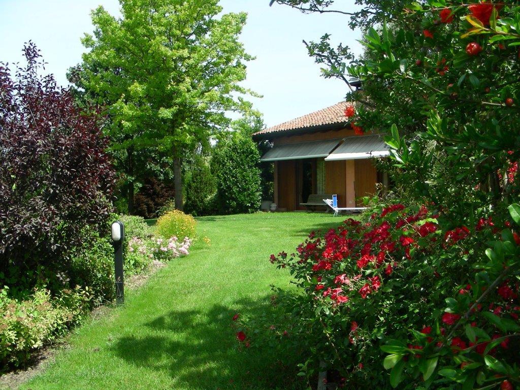 Manutenzione giardini in provincia di bologna for Manutenzione giardini